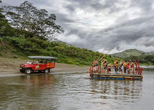 Travel up the valley road along the sigatoka river